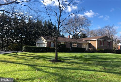 Photo of 14310 CHESTERFIELD RD, ROCKVILLE, MD 20853 (MLS # MDMC736712)