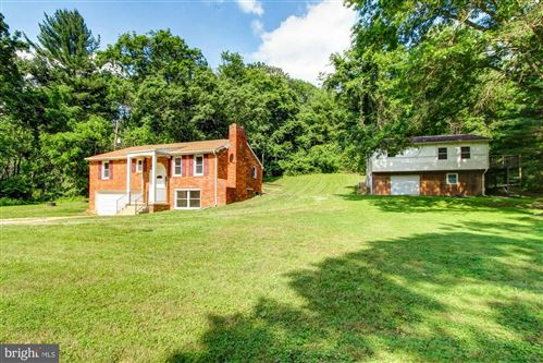 Photo of 3275 HONEY VALLEY RD, DALLASTOWN, PA 17313 (MLS # PAYK140714)