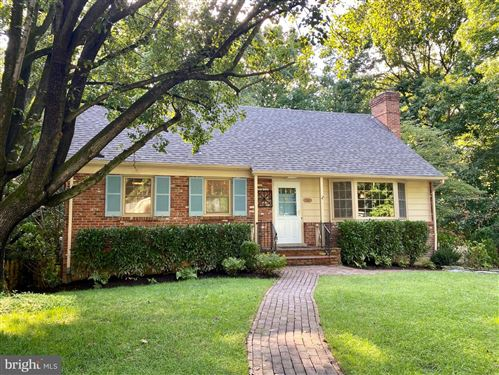 Photo of 5116 WESTRIDGE RD, BETHESDA, MD 20816 (MLS # MDMC722718)