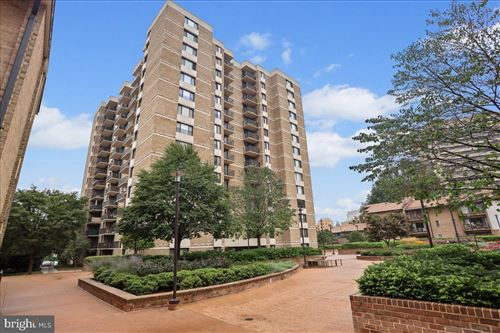 Photo of 118 MONROE ST #1209, ROCKVILLE, MD 20850 (MLS # MDMC753720)