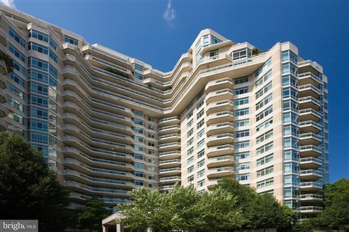 Photo of 5610 WISCONSIN AVE #906, CHEVY CHASE, MD 20815 (MLS # MDMC761720)