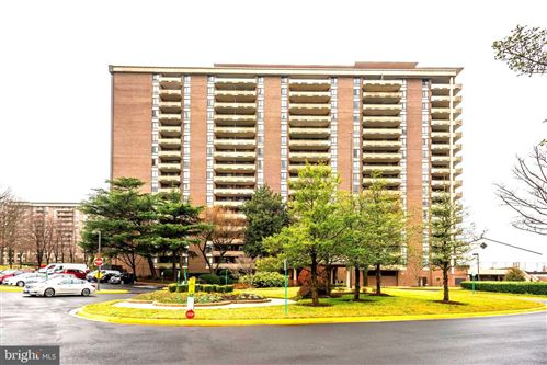 Photo of 1800 OLD MEADOW RD #803, MCLEAN, VA 22102 (MLS # VAFX1113722)