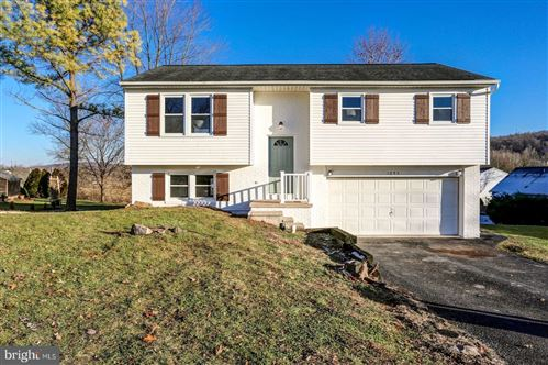 Photo of 1095 HOLLY LN, DENVER, PA 17517 (MLS # PALA144724)