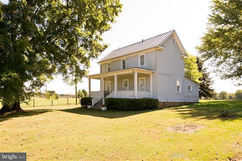 Photo of 37507 N FORK RD, PURCELLVILLE, VA 20132 (MLS # VALO396726)