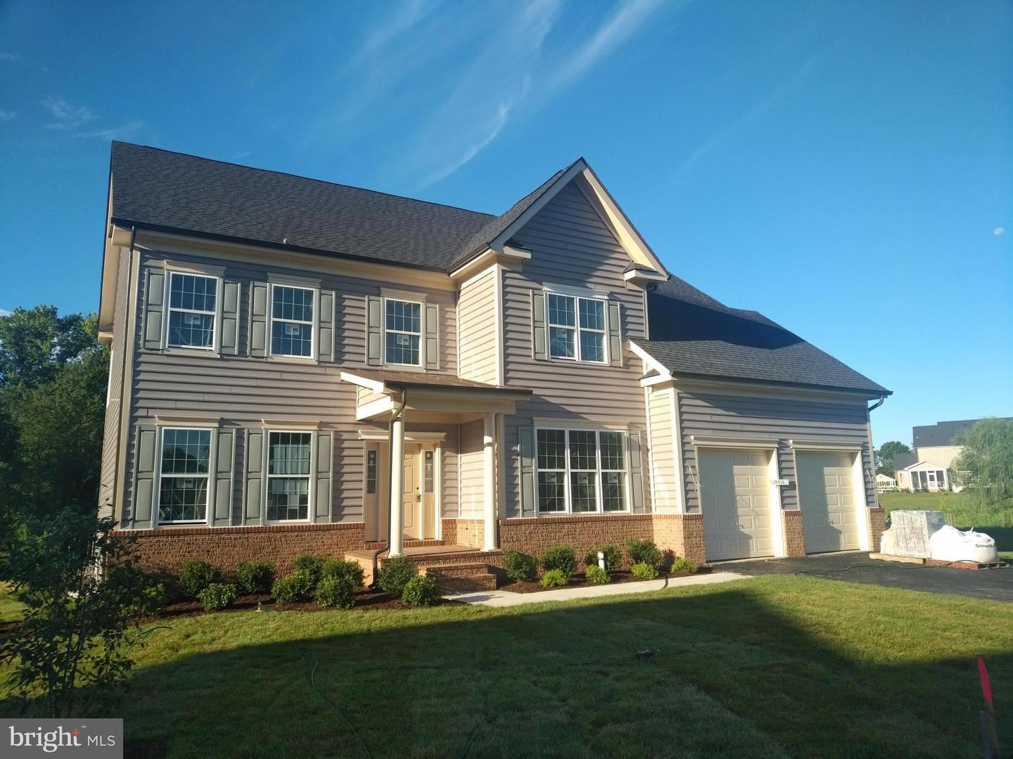 Photo of 19416 FISHER AVE, POOLESVILLE, MD 20837 (MLS # MDMC719726)