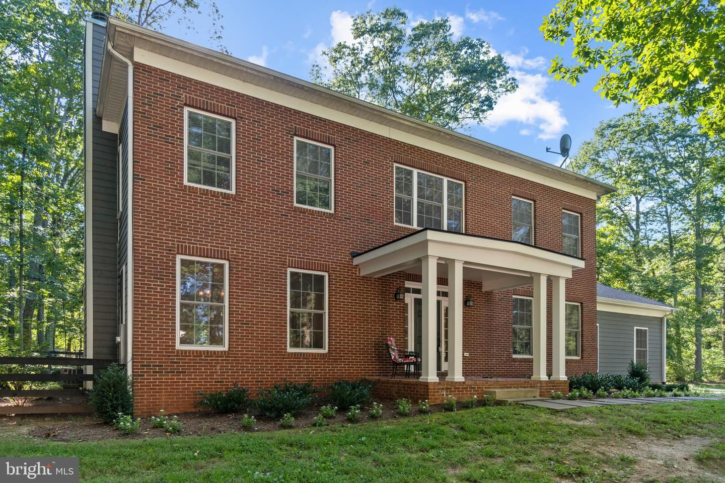 Photo of 41351 RED HILL RD, LEESBURG, VA 20175 (MLS # VALO421726)
