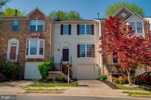 Photo of 16852 CAPON TREE LN, WOODBRIDGE, VA 22191 (MLS # VAPW490728)