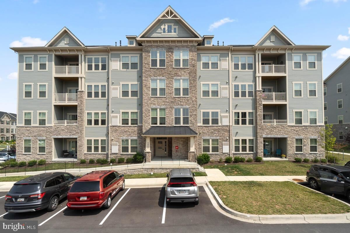 Photo of 5820 BURIN ST ##102, NEW MARKET, MD 21774 (MLS # MDFR2002728)