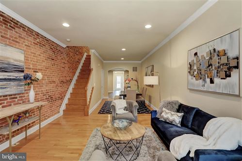 Photo of 113 N LINWOOD AVE, BALTIMORE, MD 21224 (MLS # MDBA528730)