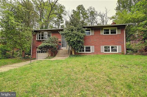 Photo of 6417 EARLHAM DR, BETHESDA, MD 20817 (MLS # MDMC705730)