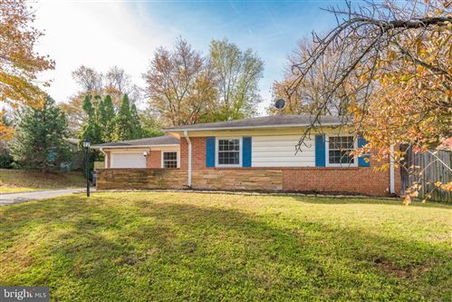 Photo of 511 W MAPLE AVE, STERLING, VA 20164 (MLS # VALO397730)