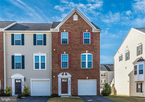 Photo of 4970 SMALL GAINS WAY, FREDERICK, MD 21703 (MLS # MDFR258734)