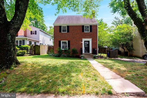 Photo of 10405 HAYES AVE, SILVER SPRING, MD 20902 (MLS # MDMC716736)