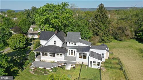 Photo of 17281 SIMMONS RD, PURCELLVILLE, VA 20132 (MLS # VALO402736)