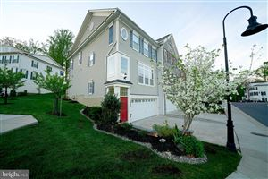 Photo of 2027 DEERTREE LN, ROCKVILLE, MD 20851 (MLS # MDMC661738)