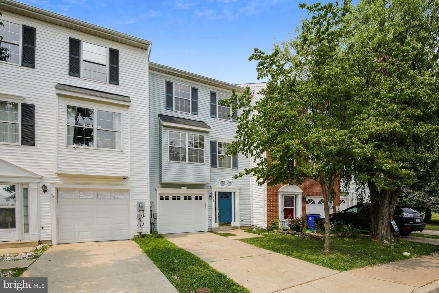 Photo of 5509 OBERLIN PL, FREDERICK, MD 21703 (MLS # MDFR2002738)