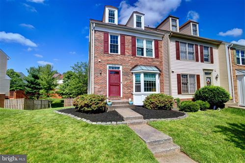 Photo of 21172 WINDING BROOK SQ, ASHBURN, VA 20147 (MLS # VALO411742)