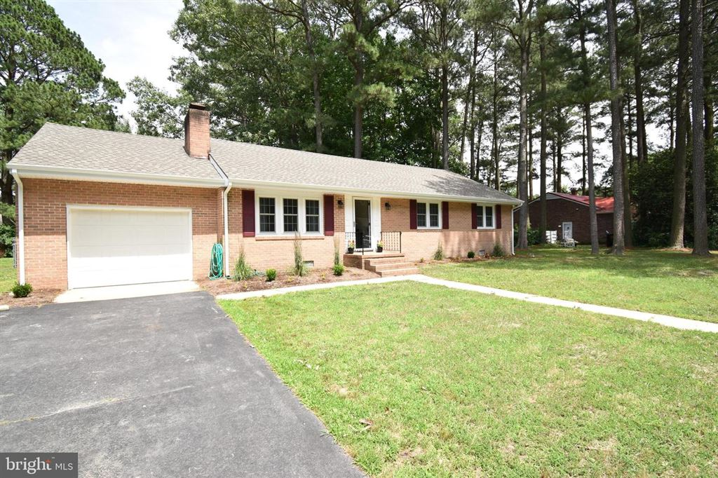 Photo for 8 SHADY DR, CAMBRIDGE, MD 21613 (MLS # MDDO123744)