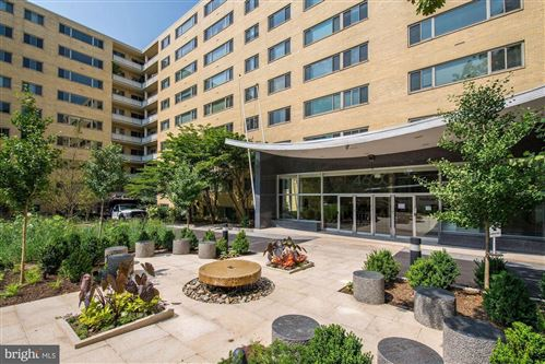Photo of 4600 CONNECTICUT AVE NW #316, WASHINGTON, DC 20008 (MLS # DCDC462748)