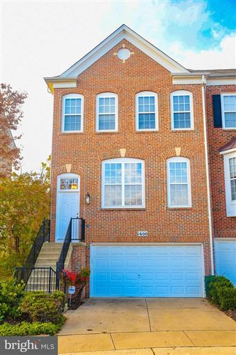 Photo of 1600 WHITE OAK VISTA DR, SILVER SPRING, MD 20904 (MLS # MDMC686748)