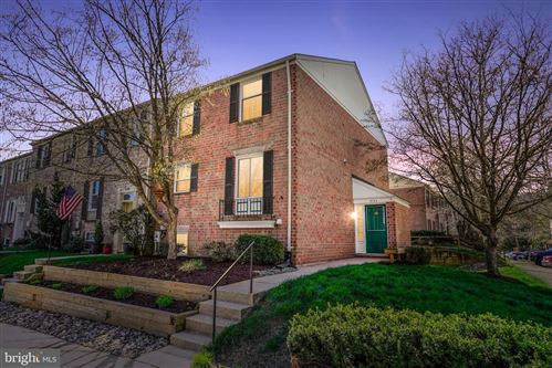 Photo of 9744 EARLY SPRING WAY, COLUMBIA, MD 21046 (MLS # MDHW277750)