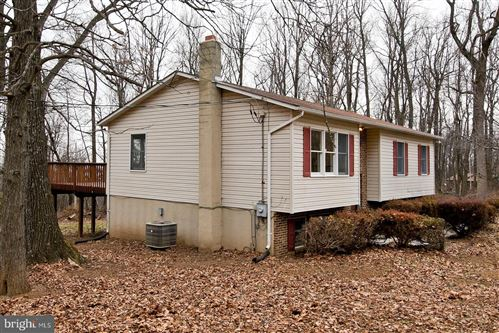 Photo of 304 CHESTER GAP RD, CHESTER GAP, VA 22623 (MLS # VARP107750)