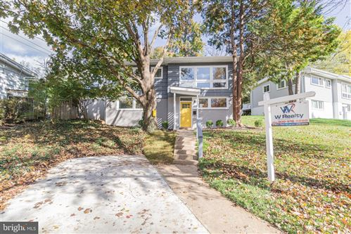 Photo of 3919 DENFELD AVE, KENSINGTON, MD 20895 (MLS # MDMC685752)