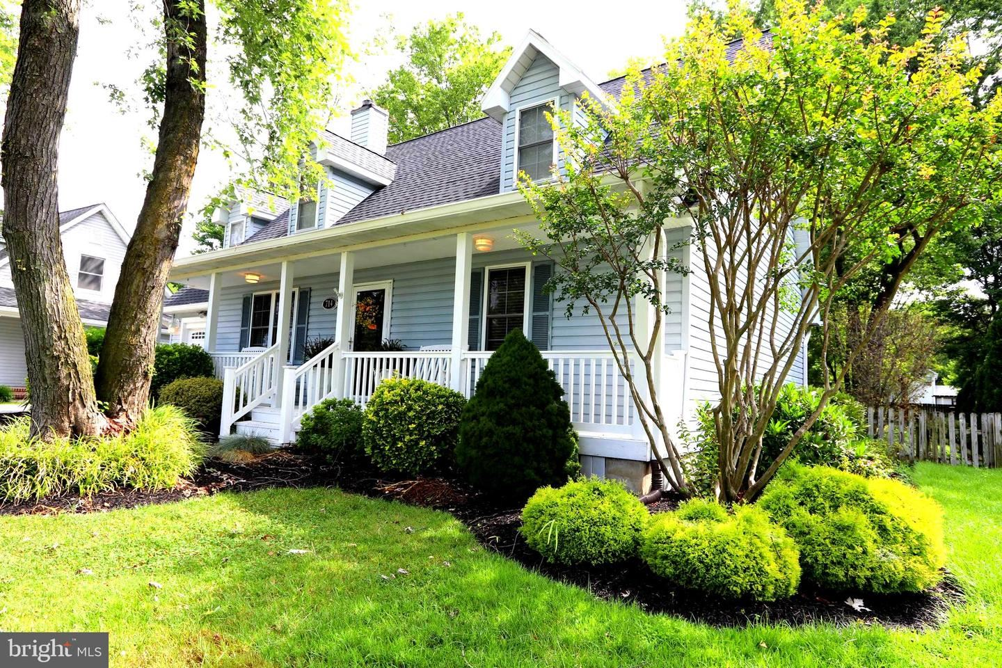 Photo of 714 OLD LOVE POINT RD, STEVENSVILLE, MD 21666 (MLS # MDQA144752)