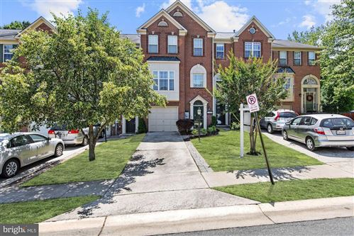 Photo of 10336 PROCERA DR, ROCKVILLE, MD 20850 (MLS # MDMC716754)
