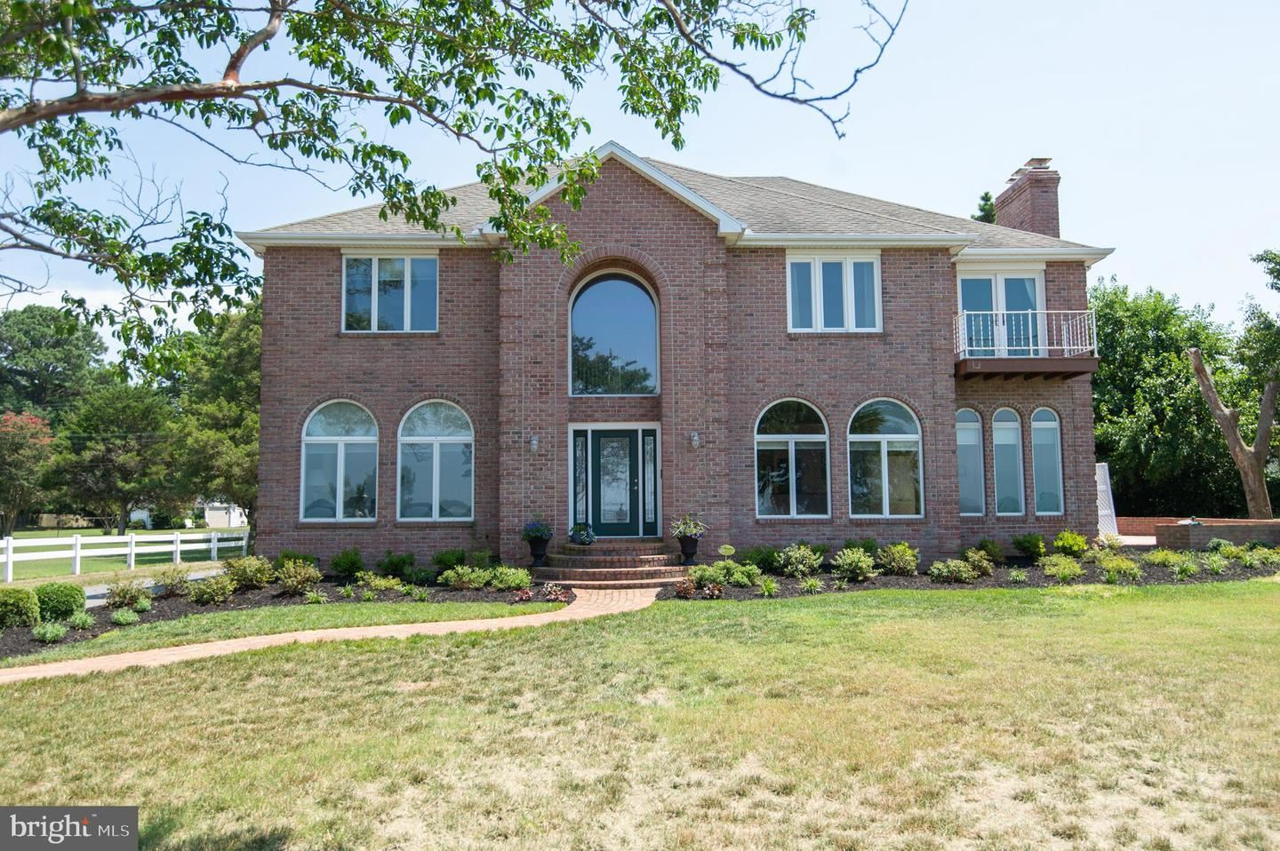 Photo of 108 RIVERSIDE DR, CAMBRIDGE, MD 21613 (MLS # MDDO125754)