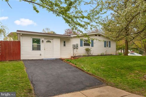 Photo of 20801 SHAKESPEARE DR, GERMANTOWN, MD 20876 (MLS # MDMC752756)