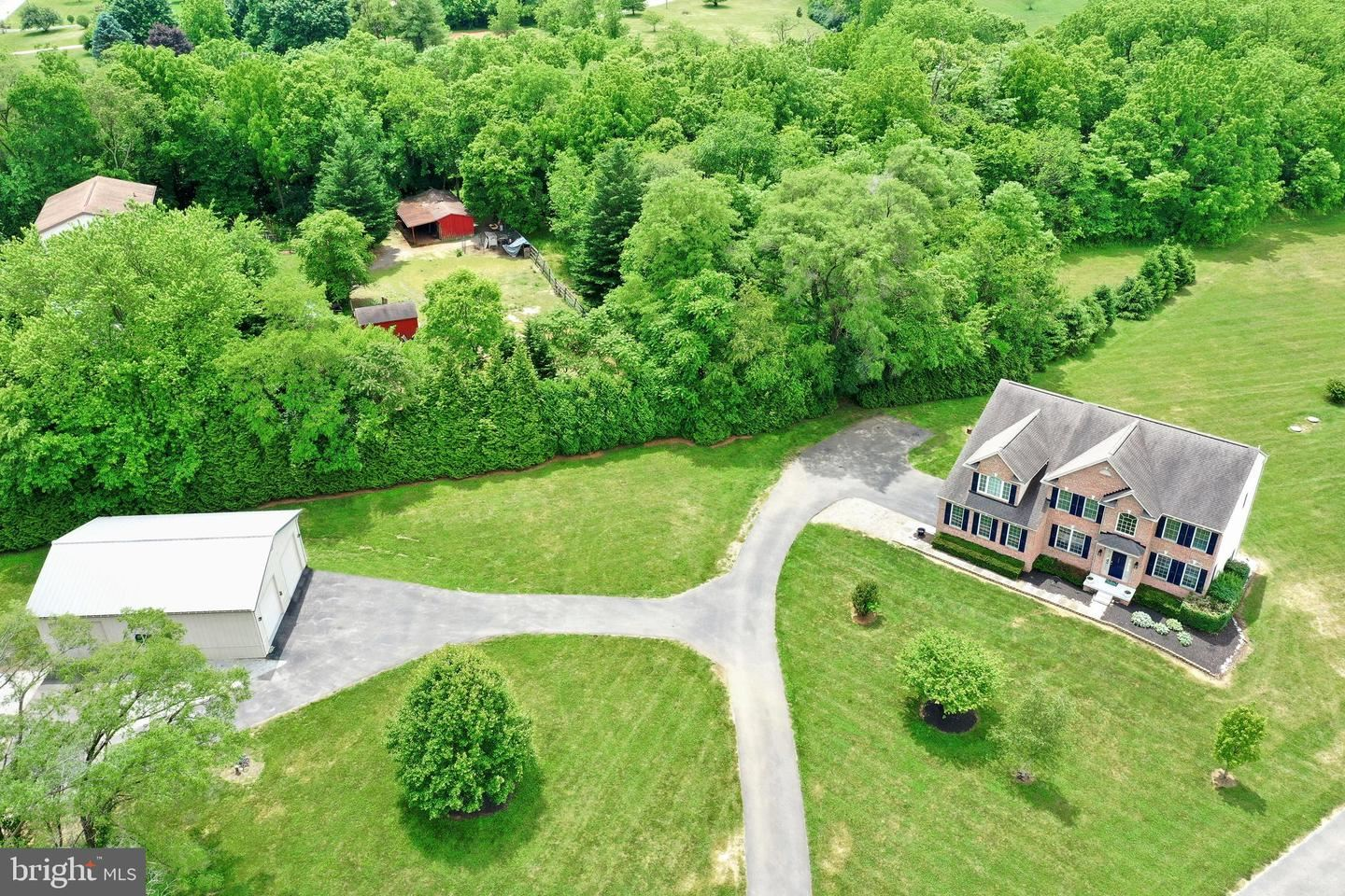 Photo of 9404 STOTTLEMEYER RD, BOONSBORO, MD 21713 (MLS # MDWA172756)