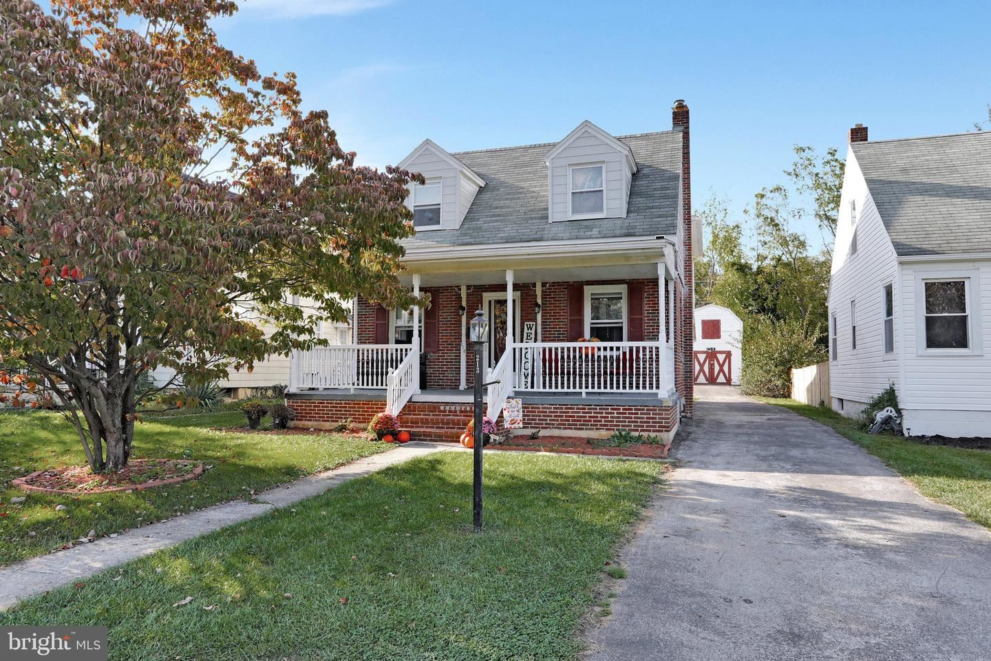 Photo of 213 BELVIEW AVE, HAGERSTOWN, MD 21742 (MLS # MDWA2002756)