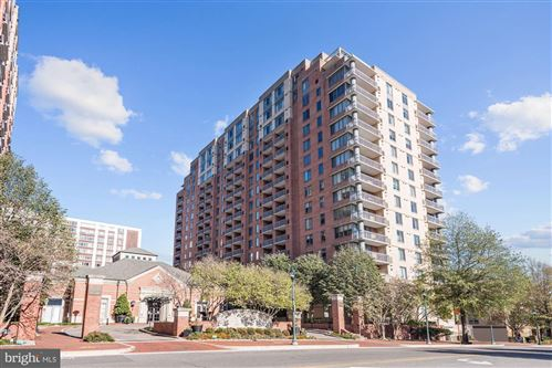 Photo of 11710 OLD GEORGETOWN #1013, NORTH BETHESDA, MD 20852 (MLS # MDMC741758)