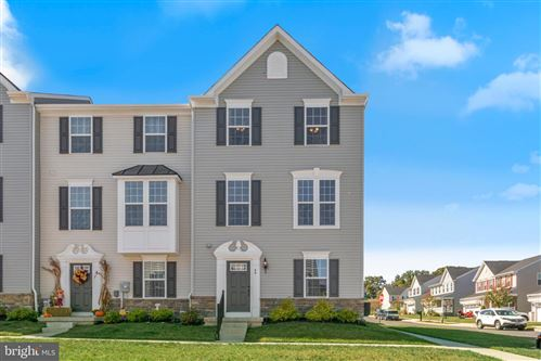 Photo of 49 MULBERRY GREEN, SPRING CITY, PA 19475 (MLS # PACT489758)