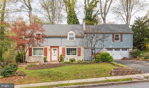 Photo of 453 KERR LN, SPRINGFIELD, PA 19064 (MLS # PADE543764)