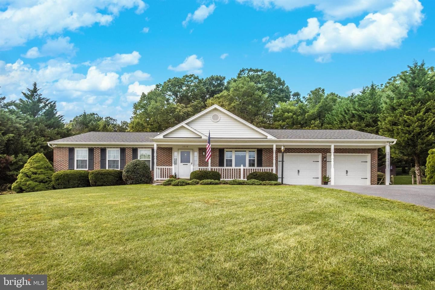 Photo of 3310 YORKSHIRE CT, ADAMSTOWN, MD 21710 (MLS # MDFR270764)