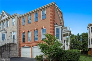 Photo of 415 WINDING ROSE DR, ROCKVILLE, MD 20850 (MLS # MDMC655766)