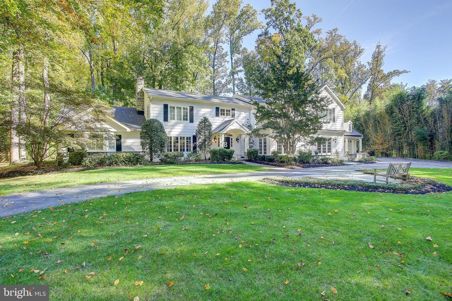 Photo of 14609 CHESTERFIELD RD, ROCKVILLE, MD 20853 (MLS # MDMC745766)