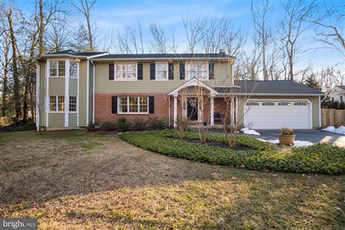 Photo of 749 N HOLLY DR, ANNAPOLIS, MD 21409 (MLS # MDAA459770)
