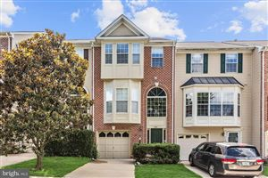 Photo of 5181 BALLYCASTLE CIR, ALEXANDRIA, VA 22315 (MLS # VAFX1076770)