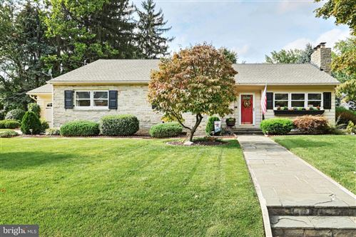 Photo of 322 CLEARVIEW RD, HANOVER, PA 17331 (MLS # PAYK2006772)