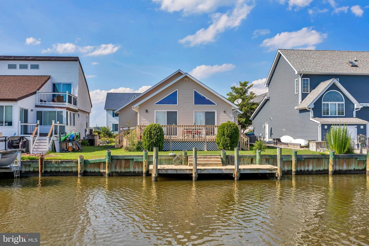 Photo of 24 HARBORVIEW DR, OCEAN PINES, MD 21811 (MLS # MDWO115772)