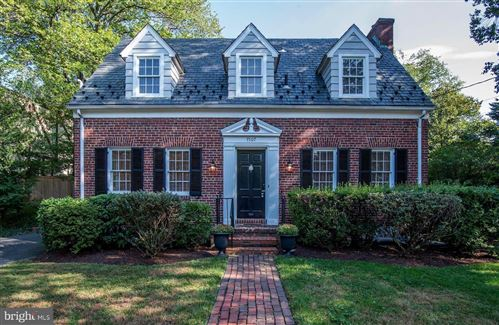 Photo of 7507 BROOKVILLE RD, CHEVY CHASE, MD 20815 (MLS # MDMC680774)