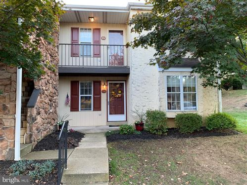 Photo of 151 OAK KNOLL CIR, MILLERSVILLE, PA 17551 (MLS # PALA141774)