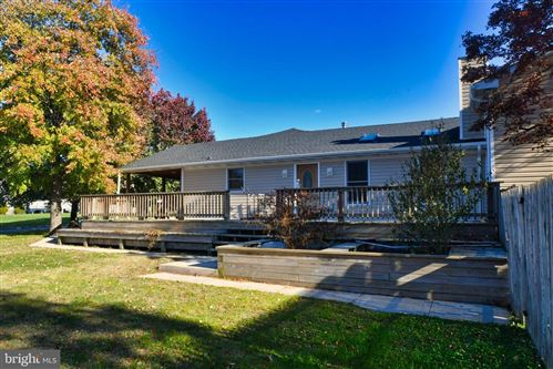 Photo of 3 MISTY MEADOW CT, BALTIMORE, MD 21221 (MLS # MDBC478776)
