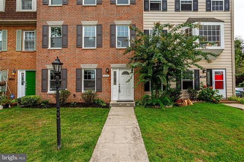 Photo of 8904 MAINE AVE, SILVER SPRING, MD 20910 (MLS # MDMC726778)