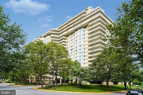 Photo of 5600 WISCONSIN AVE #902, CHEVY CHASE, MD 20815 (MLS # MDMC698782)