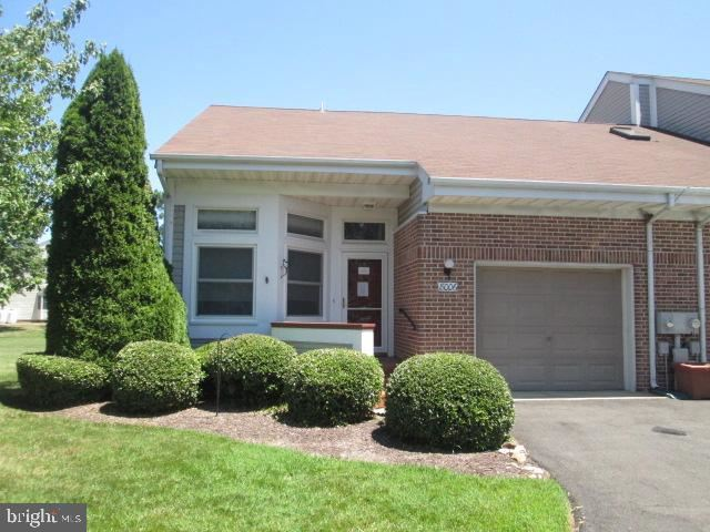Photo of 8006 BRIDGEPOINTE DR, CHESTER, MD 21619 (MLS # MDQA144782)
