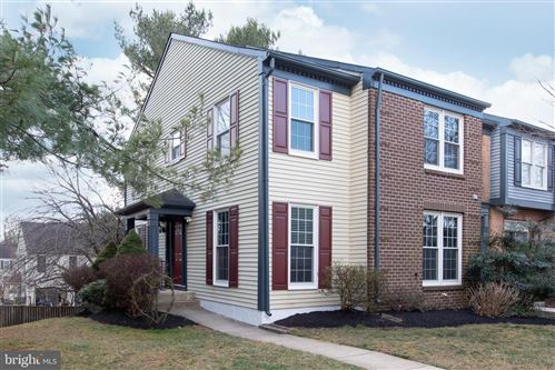 Photo of 10622 TUPPENCE CT, ROCKVILLE, MD 20850 (MLS # MDMC698784)